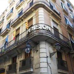 Отель Pensión Segre Испания, Барселона - 2 отзыва об отеле, цены и фото номеров - забронировать отель Pensión Segre онлайн вид на фасад