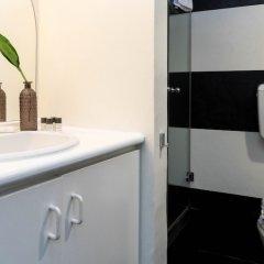 Отель Hintown Castle Mansion Италия, Милан - отзывы, цены и фото номеров - забронировать отель Hintown Castle Mansion онлайн ванная фото 2