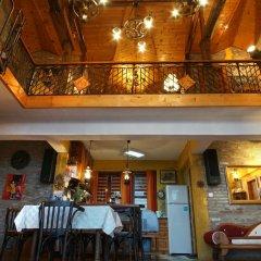 Отель Casa de Artes Guest House Болгария, Балчик - отзывы, цены и фото номеров - забронировать отель Casa de Artes Guest House онлайн интерьер отеля