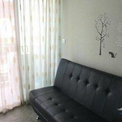 Отель The Fah Condominium Бангкок комната для гостей фото 2