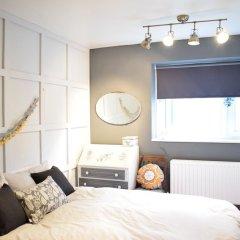 Отель 1 Bedroom Flat With Roof Terrace In Fulham Великобритания, Лондон - отзывы, цены и фото номеров - забронировать отель 1 Bedroom Flat With Roof Terrace In Fulham онлайн комната для гостей фото 2