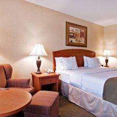 Отель Holiday Inn Express Vancouver-Metrotown (Burnaby) Канада, Бурнаби - отзывы, цены и фото номеров - забронировать отель Holiday Inn Express Vancouver-Metrotown (Burnaby) онлайн комната для гостей фото 3