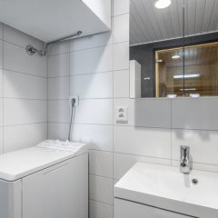 Отель WeHost Leinelänkaari 21 Финляндия, Вантаа - отзывы, цены и фото номеров - забронировать отель WeHost Leinelänkaari 21 онлайн ванная