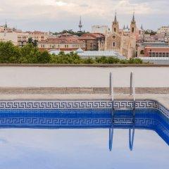 Отель Charming Museo Del Prado Мадрид бассейн