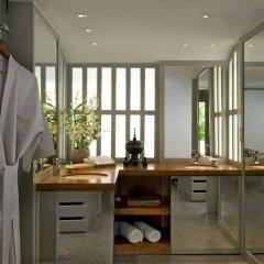 Отель The Surin Phuket ванная фото 2