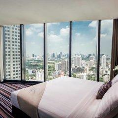 Отель The Continent Bangkok by Compass Hospitality Таиланд, Бангкок - 1 отзыв об отеле, цены и фото номеров - забронировать отель The Continent Bangkok by Compass Hospitality онлайн балкон