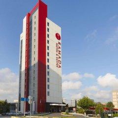 Ramada Hotel & Suites Atakoy Турция, Стамбул - 1 отзыв об отеле, цены и фото номеров - забронировать отель Ramada Hotel & Suites Atakoy онлайн парковка