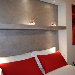 Отель B&B Bacio di Dama сейф в номере