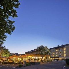 Отель Sorell Hotel Sonnental Швейцария, Дюбендорф - 1 отзыв об отеле, цены и фото номеров - забронировать отель Sorell Hotel Sonnental онлайн парковка