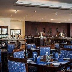 Отель Hilton Sharjah ОАЭ, Шарджа - 10 отзывов об отеле, цены и фото номеров - забронировать отель Hilton Sharjah онлайн питание фото 3