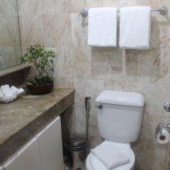 Отель The Pearl Manila Hotel Филиппины, Манила - отзывы, цены и фото номеров - забронировать отель The Pearl Manila Hotel онлайн ванная фото 2