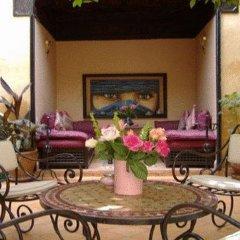 Отель Riad Du Petit Prince интерьер отеля