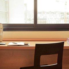 Отель Ibis Kortrijk Centrum Бельгия, Кортрейк - 1 отзыв об отеле, цены и фото номеров - забронировать отель Ibis Kortrijk Centrum онлайн интерьер отеля