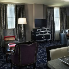 Kimpton Sir Francis Drake Hotel в номере