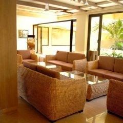 Отель Sandalwood Hotel & Retreat Индия, Гоа - отзывы, цены и фото номеров - забронировать отель Sandalwood Hotel & Retreat онлайн интерьер отеля