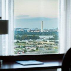 Отель Residence Inn Arlington Pentagon City комната для гостей фото 2