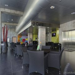 Отель CABINN Metro Hotel Дания, Копенгаген - 10 отзывов об отеле, цены и фото номеров - забронировать отель CABINN Metro Hotel онлайн интерьер отеля