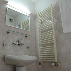 Отель Sezoni South Burgas Болгария, Бургас - отзывы, цены и фото номеров - забронировать отель Sezoni South Burgas онлайн ванная