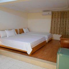 Отель Hanoi Discovery Ханой комната для гостей фото 2