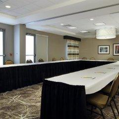 Отель Hampton Inn & Suites Columbus/University Area фото 2