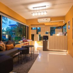 I-Home Residence and Hotel интерьер отеля
