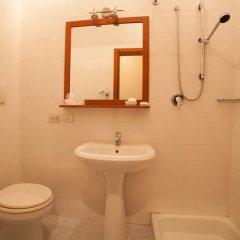 Отель Miralago Италия, Вербания - отзывы, цены и фото номеров - забронировать отель Miralago онлайн ванная фото 2