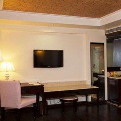 Отель Madhuban Managed by Peppermint Hotels удобства в номере