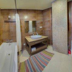 Отель Tangalwood Boutique Hotel Непал, Катманду - отзывы, цены и фото номеров - забронировать отель Tangalwood Boutique Hotel онлайн ванная фото 2