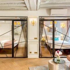 Отель Luxury 4 Bedroom 3 Bathroom Louvre - AC Париж комната для гостей фото 4