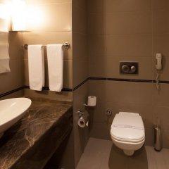 Kervansaray Thermal-Convention Center & Spa Турция, Бурса - отзывы, цены и фото номеров - забронировать отель Kervansaray Thermal-Convention Center & Spa онлайн ванная