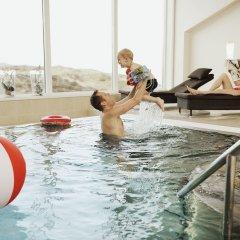 Sola Strand Hotel бассейн