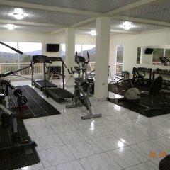 Отель Cabañas los Encinos Гондурас, Тегусигальпа - отзывы, цены и фото номеров - забронировать отель Cabañas los Encinos онлайн фитнесс-зал