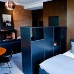 Hotel V Frederiksplein в номере фото 2