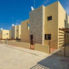 Отель Artemis Villa Кипр, Протарас - отзывы, цены и фото номеров - забронировать отель Artemis Villa онлайн парковка
