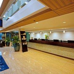 DoubleTree by Hilton Hotel Alana - Waikiki Beach интерьер отеля