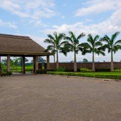 Отель The Royal Senchi Акосомбо парковка