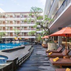 Sun Island Hotel Kuta бассейн
