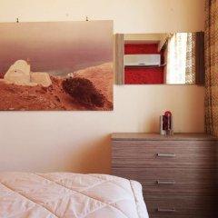 Отель Romantic Apt with Penthouse & Acropolis View комната для гостей фото 3