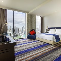 Отель Holiday Inn Express Bangkok Siam Таиланд, Бангкок - 3 отзыва об отеле, цены и фото номеров - забронировать отель Holiday Inn Express Bangkok Siam онлайн удобства в номере фото 2