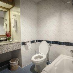 Grand Tower Inn Rama VI Hotel ванная фото 2