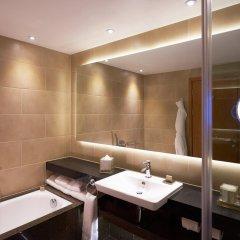 Отель InterContinental London - The O2 Великобритания, Лондон - отзывы, цены и фото номеров - забронировать отель InterContinental London - The O2 онлайн ванная фото 2