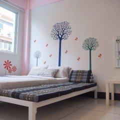 Baan Nampetch Hostel комната для гостей фото 4