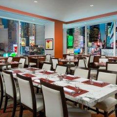Отель Crowne Plaza Times Square Manhattan США, Нью-Йорк - отзывы, цены и фото номеров - забронировать отель Crowne Plaza Times Square Manhattan онлайн питание