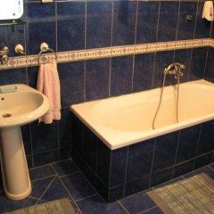 Hostel Podbara Нови Сад ванная