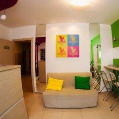 Гостиница Хостел Мюсли в Тюмени 3 отзыва об отеле, цены и фото номеров - забронировать гостиницу Хостел Мюсли онлайн Тюмень комната для гостей фото 2