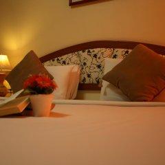 Отель Priew Wan Guesthouse Патонг сейф в номере