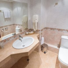 Отель Boutique Splendid Hotel Болгария, Варна - 3 отзыва об отеле, цены и фото номеров - забронировать отель Boutique Splendid Hotel онлайн ванная фото 2