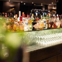 Athenian Riviera Hotel & Suites гостиничный бар