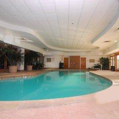 Отель Embassy Suites by Hilton Convention Center Las Vegas бассейн фото 2