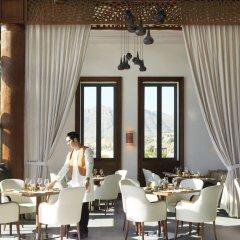 Отель Anantara Al Jabal Al Akhdar Resort Оман, Низва - отзывы, цены и фото номеров - забронировать отель Anantara Al Jabal Al Akhdar Resort онлайн питание
